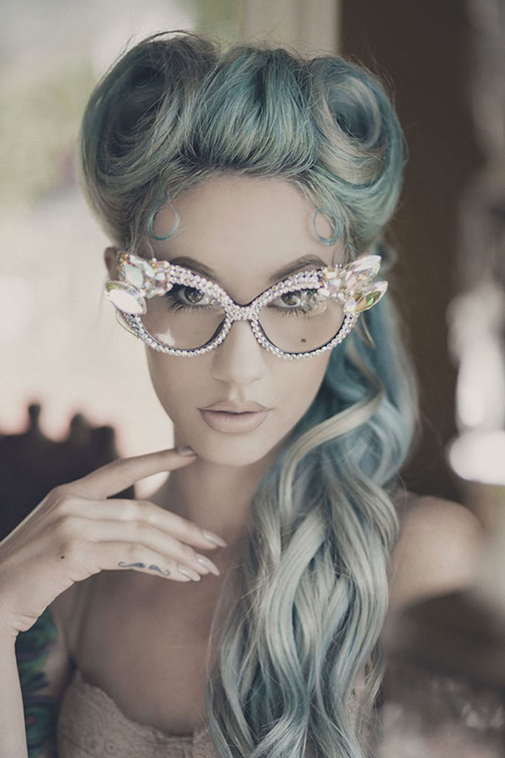 'Granny' Hair Trend: Why Young Women Are Dyeing Their Hair
