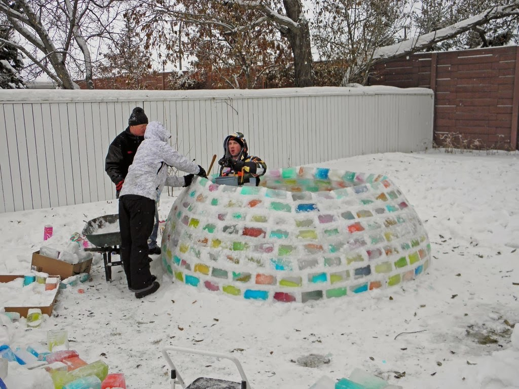 cool-snow-fort-winter-10