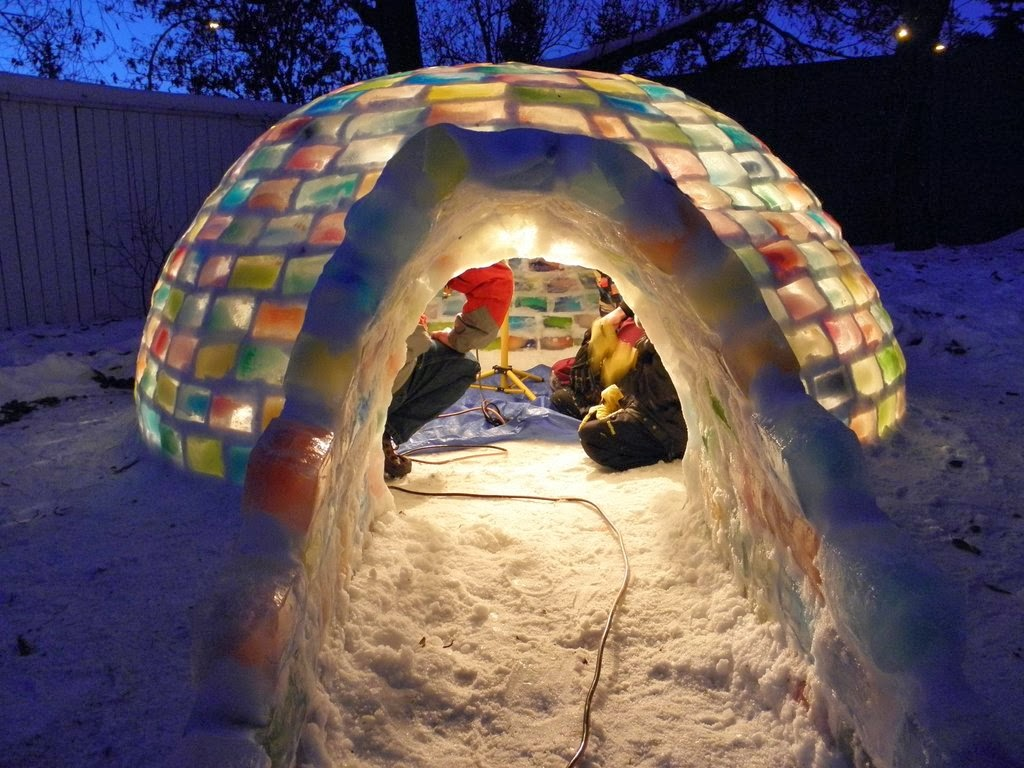 cool-snow-fort-winter-16